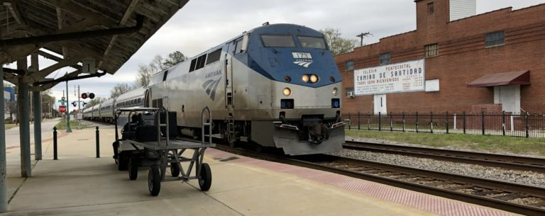 Read more about the article Entertainment On Amtrak: Ways To Enjoy The Ride